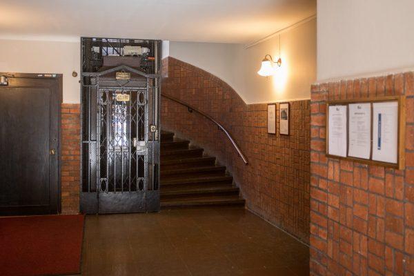 Arkivgatan 12 trapphus